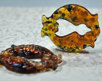 Double fish glass pendant: 2 COLORS - top hole, 50mm, #760