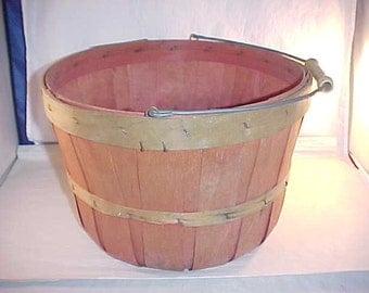 Small Split Wood Produce Basket with Wire Handle