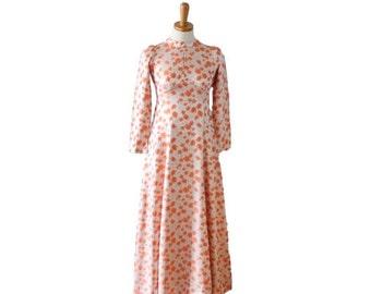 30% off sale // Vintage 70s Peach Tulip Brocade Full Length Dress // Women XS Small // formal, prom, wedding