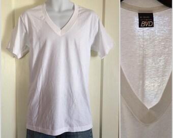 1970's Deadstock Plain thin White all cotton V-neck BVD T-shirt size Medium NOS made in USA undershirt