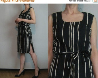 SUMMER SALE 50s 60s STRIPED Cotton Barkcloth vtg Black Ecru Tan Khaki Belted Belt Scoop Neck Sleeveless Shift Wiggle Mini Dress Small Medium