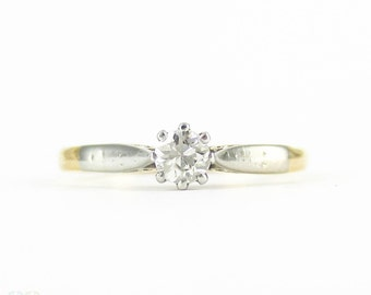 Vintage Diamond Solitiare Engagement Ring, 0.20 ct Brilliant Cut Diamond in 18ct & Platinum Setting, Circa 1940s.