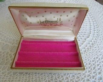 Vintage Earring Box Hard Case White With Peddlers Cart Image Pink Velvet