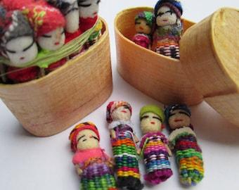 Small Guatemalan doll 1 inch