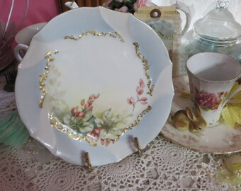 Vintage Hand painted Plate-Limoges-Marked-Dessert-Currents-6.75 inches