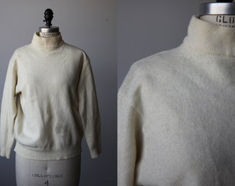 Vintage Cream Lambswool United Colors of Benetton Mock Turtleneck Sweater Ivory Wool 90s M
