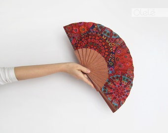 Boho Chic Hippie style accessory - hand fan eventail abanico faecher - Red wood hand fan by Olelé - outdoors wedding gift
