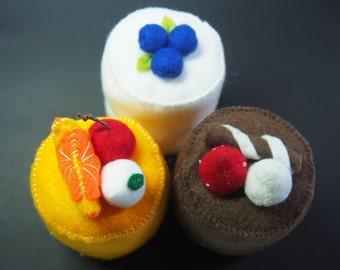 Hand made - Felt Food 3 Cupcakes - Children's play food