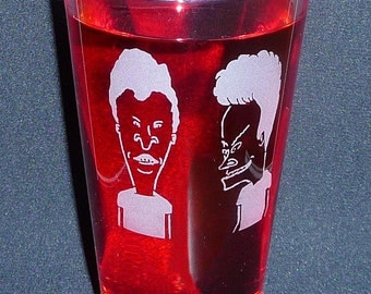 BEAVIS & BUTTHEAD, Hand Etched on 16 oz Pint Glass