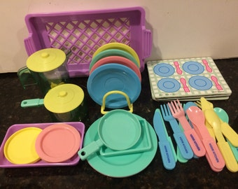 Vintage Childs Dish Set