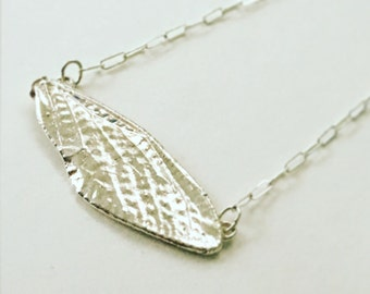 Large cicada wing pendant (P-LCWP)