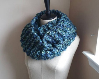 Chunky Infinity Scarf - Rich Blues and Greens - Outlander