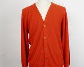red Mr. Rogers button up unisex cardigan Grand Slam Munsingwear penguin 60s vintage acrylic boyfriend sweater large XL men women