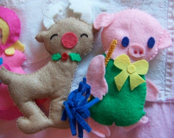 adorable felt handcrafted ornaments