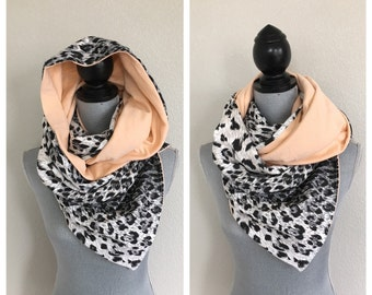 Reversible jersey snap scarf in ombré snow leopard and peach