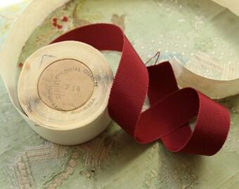 "4.75 yard roll Vintage cotton rayon grosgrain ribbon for ribbonwork millinery 15/16"" russet burgundy red  flapper trim hat brim millinery"