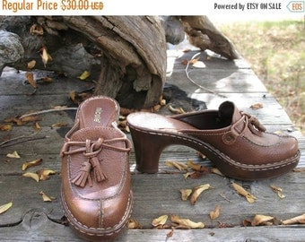 AWESOME KELTIE Brown  BROGUE Leather  Clogs In Fabulous Condition  Size 6 5 Medium