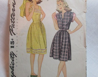 "Antique 1944 Simplicity Pattern #1304 - size 34"" Bust"