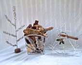 Christmas Redesign Reimagined Handmade Vintage Mix Display Home Decoration Gift Basket Mixture Rustic Christmas