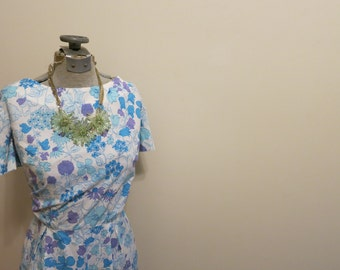 Dress 1950s floral by Peck and Peck blue purple S M