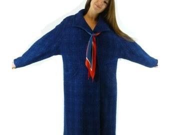 1960s Vintage, Blue Boucle Coat, Knee Length, Size Women's Medium