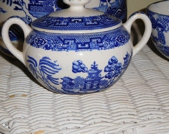 Vintage Blue Willow Old Willow Sugar Bowl with Lid