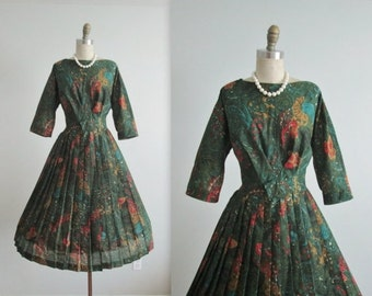STOREWIDE SALE 50's Day Dress // Vintage 1960's Green Abstract Print Full Pleated Garden Party Dress L