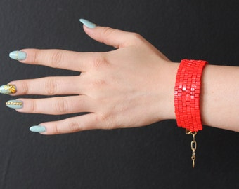 VALENTINES - red bracelet in stock!