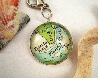 """Custom Vintage Map Charms For Bracelets Pendants Necklaces 20MM 3/4"""" Florida Keys Pick Your Favorite Cities Personalized Gifts Ideas"""