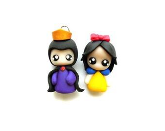 Evil Queen and Snow White - Miniature Sculpture - Charm Figurine
