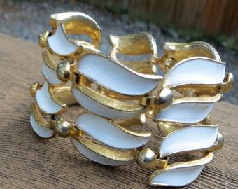 Wide Enameled Metal White and Gold Linked Vintage Bracelet