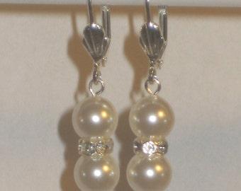 Swarovski White Pearls w/ Rhinestone Earrings,Dangle Earrings,Quinceanera Earrings,Pearl Earrings,Wedding Jewelry,Bridal Earrings,Pearls