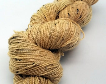 Onion, Pale Yellow, ColorPurl Finnegan Hand Dyed Yarn, Natural Dyed Yarn, BFL Bluefaced Leicester Donegal Tweed, Sock Weight, 438 Yards