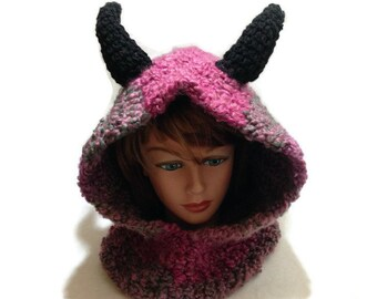 Dragon Hood Crochet Pixie Hooded cowl Dragon Cosplay Hood Crochet Horned Dragon Hat Winter Animal Hood Ombre Dragon Hooded Cowl