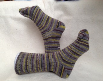 Hand-cranked socks. Warm wool blend. Grey yellow brown. Women size 8. Item 15180