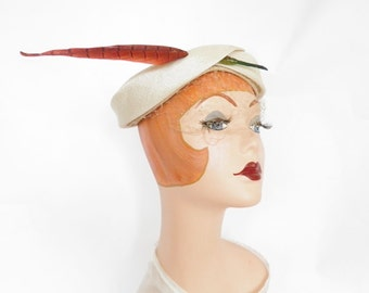 Vintage 1950s hat, white with feather accent
