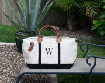 Personalized Custom Monogram Letter W Canvas Duffle Bag, Overnight Bag, Travel Bag, Beach Bag, Large Tote Bag, Wedding Gift, Bridesmaid Gift