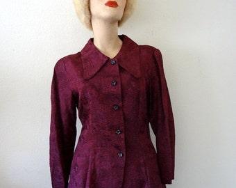 SALE - 1960s Blouse / vintage bohemian form-fitting shirt / tunic top