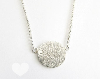 round pattern necklace floral neclace sterling silver necklace disc necklace
