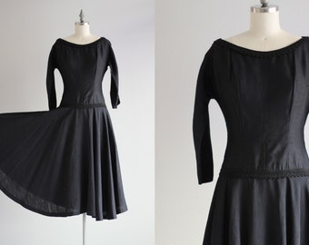 1950s Dress . Drop Waist Navy Dress . Long Sleeve Dress