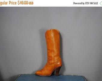 ON SALE 50% Vintage ZODIAC Dark Tan Leather Heeled Boots. Size 5 (36 Euro)