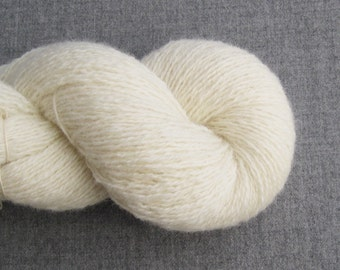 Recycled Shetland Wool Heavy Lace Weight Yarn in Cream, Lot 020916
