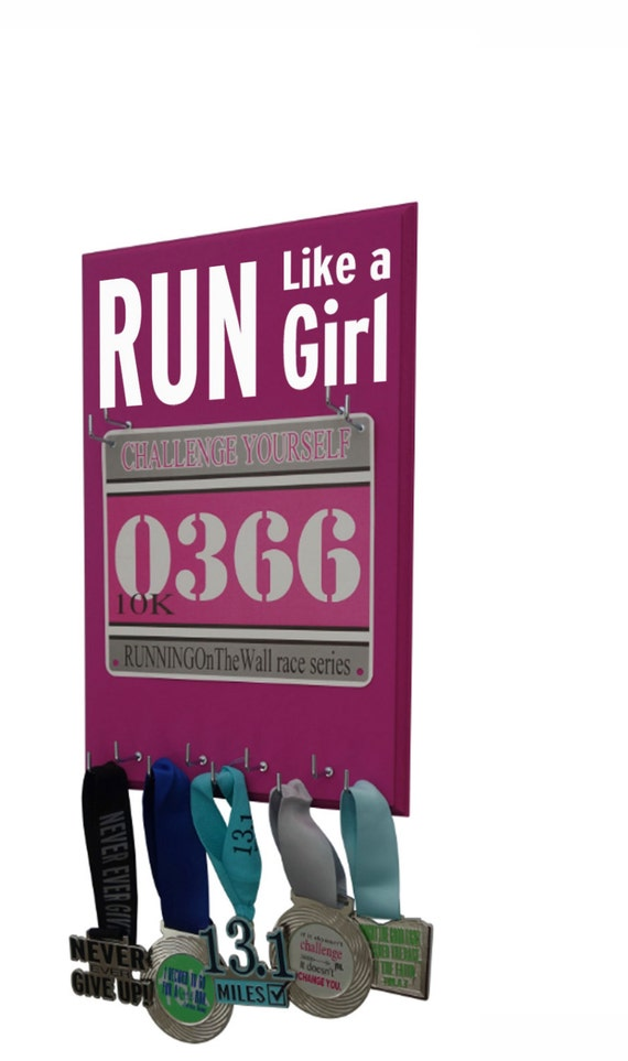 Race Bibs Hanger: run like a girl