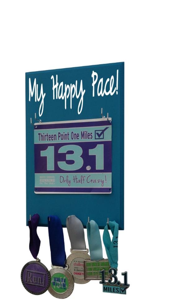 Running bib holder: My happy pace