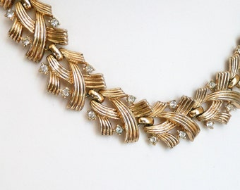 Vintage Goldtone Link Choker Necklace with Rhinestones