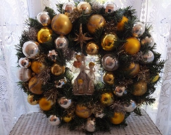 Vintage Hark The Herald Angels Sing Gold Silver Glass Ornaments Handmade One Of A Kind Christmas Wreath
