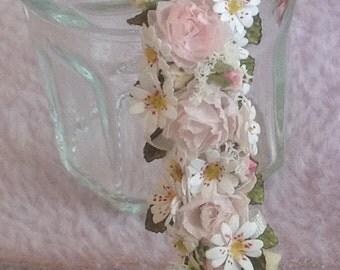 Beautiful handmade dollhouse miniature 1/12th wedding boquet