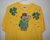 St Patrick's Day Ladies Tshirt Size Large Yellow Can't Pinch Me Bear and Shamrocks