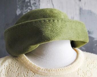 Dark Green Off Center Cloche Hat from Marshall Field & Company