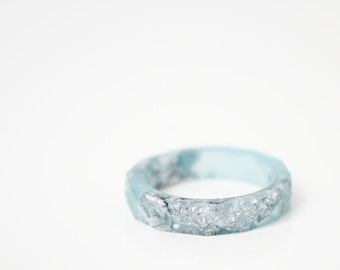 blue and silver size 5.5 thin multifaceted eco resin ring
